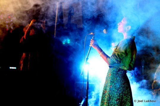 alsarah performing